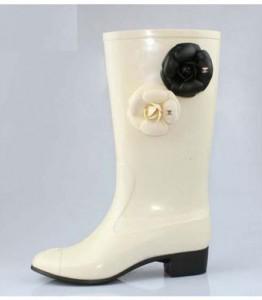 chanel-rain-boots