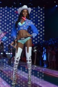 VS show 2015 Leila NDA