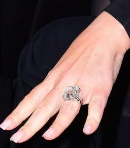 マライア指輪
