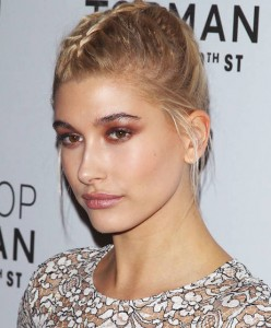 Hailey-Baldwin-braided-hairstyle-2015